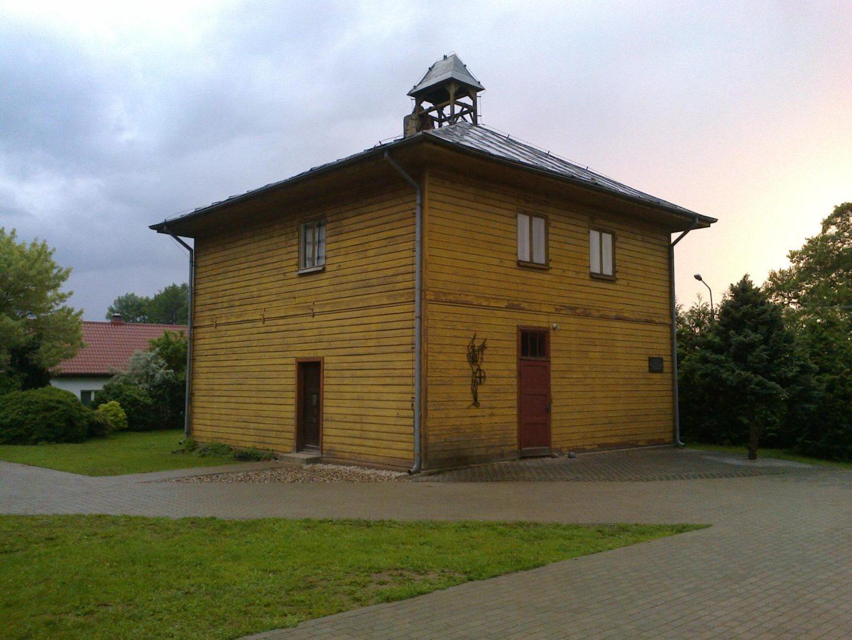 Dawna polska szkoła w Pluskach