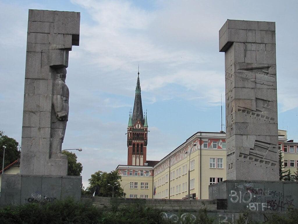 Szubienice wOlsztynie (Pomnik Wdzięczności Armii Czerwonej)