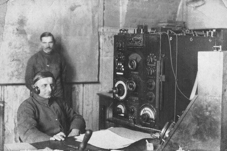 Radio -komunikat oodrodzeniu Polski